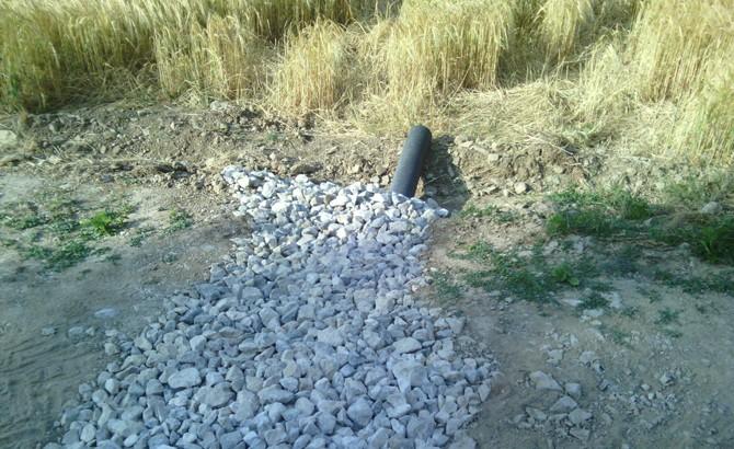 Detalle de zanja drenante de balasto en viales