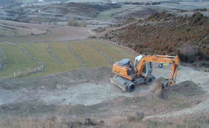 Excavación del vaso de la balsa. Urrául Alto 2011