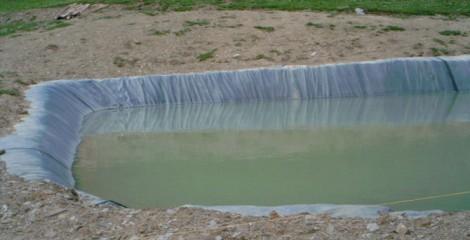 Detalle balsa con membrana geotextil. Romanzado 2011